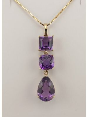 9ct Yellow Gold Amethyst 3 Stone pendant and Venetian Box Chain